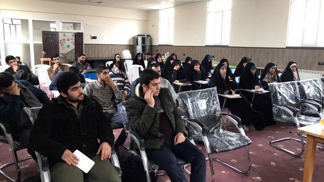 کارگاه آموزشی کوتاه نویسی در کرج برگزار شد