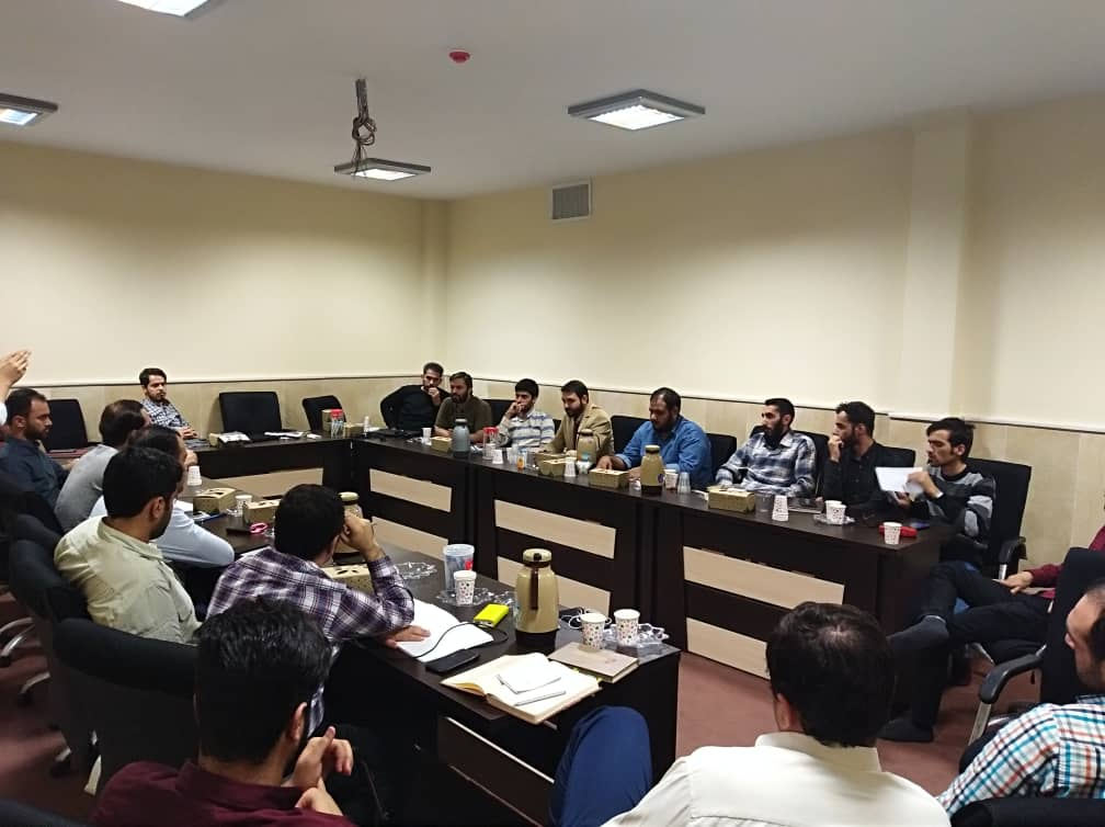نخستین دوره تربیت راهنمایان  سواد فضای مجازی در استان مازندران